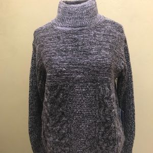 ✨NWT Vera Wang turtleneck sweater PM
